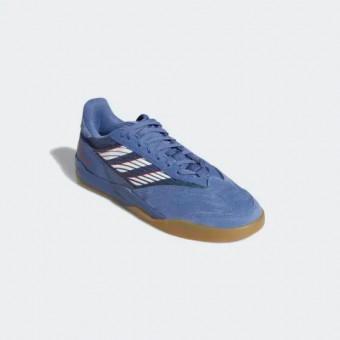 Подборка спортивных кроссовок и кед с Adidas
