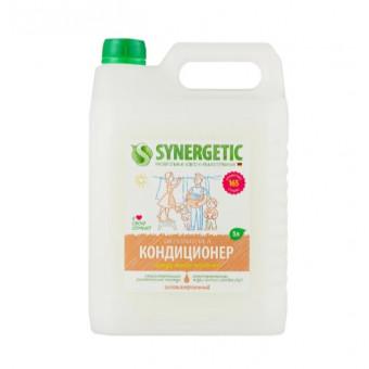 Synergetic концентрированный кондиционер для белья Миндальное молочко, 5 л по крутой цене