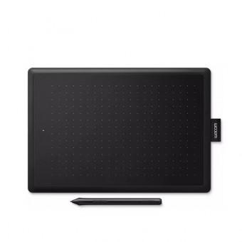 Графический планшет WACOM One Medium в чёрно-красном цвете и по самой низкой цене