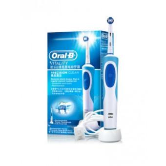 Электрическая зубная щетка Oral-B Vitality D12 по самой низкой цене
