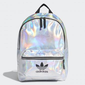 Клёвый рюкзак из Adidas теперь мой)