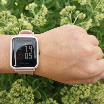 Обзор Amazfit Bip S - умные часы, которые работают до месяца на одном заряде