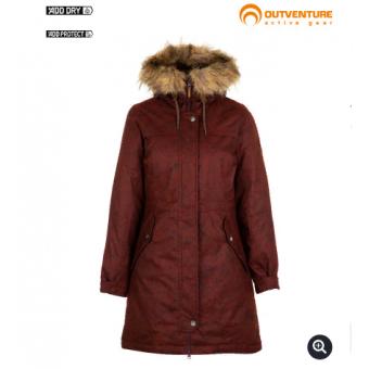 Подборка женских курток из Спортмастера со скидками до 70%.